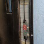 Замена замка Mottura с разбором двери