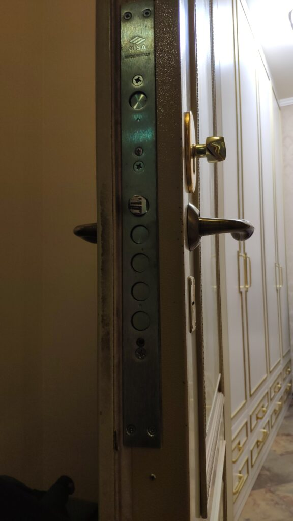 Перекодировка итальянского замка Cisa после утери ключей